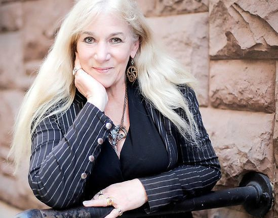 Entertaining (and Short) Heather GrahamInterview!